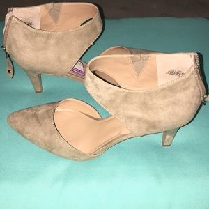 Tan Kelly and Katie heels 8.5 NIB